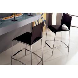 Tabouret avec assise croûte de cuir noir et piètement métal gris alu